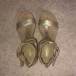 Reaction Kenneth Cole Shoes - Wedge Sandals
